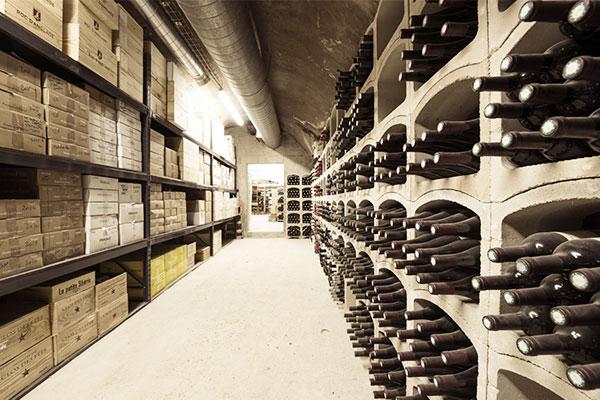 Les Caves des Montquartiers, un lieu insolite qui offre naturellement à vos flacons des conditions de conservation du vin optimales