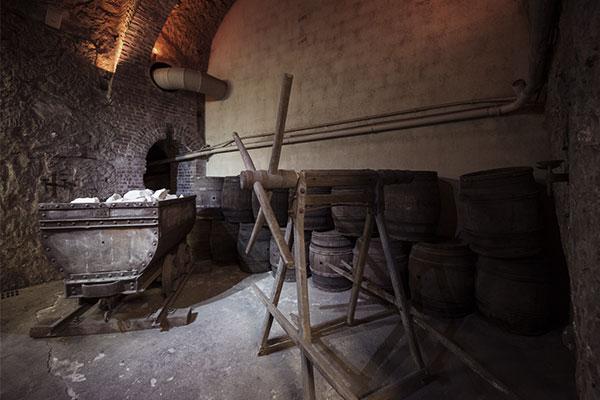 iCave, des caves à vin creusées dans d'anciennes carrières de craie à Issy-les-Moulineaux
